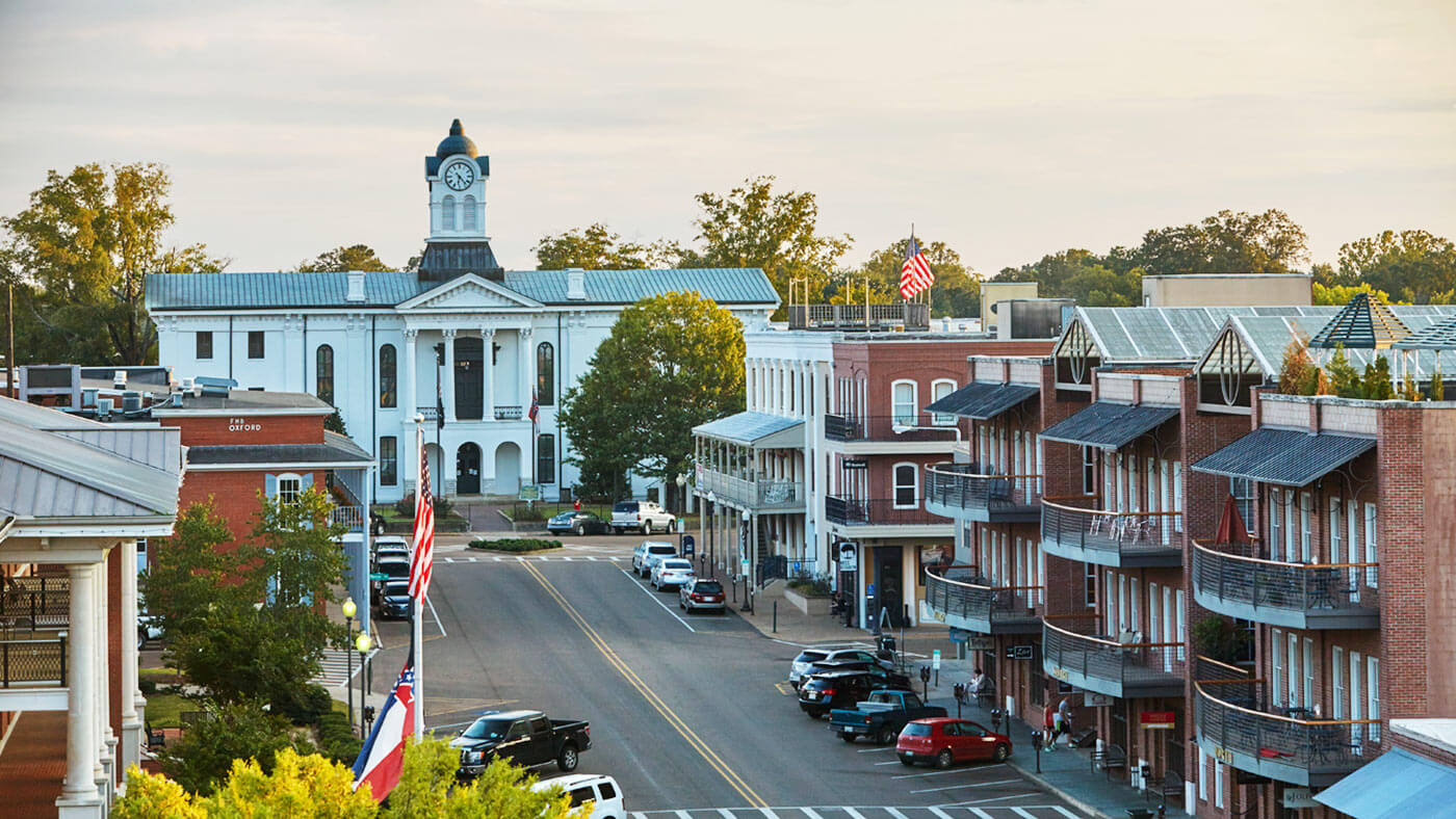 Hero-Oxford-Mississippi-Rural-South-Travel-Eat-Drink-Party